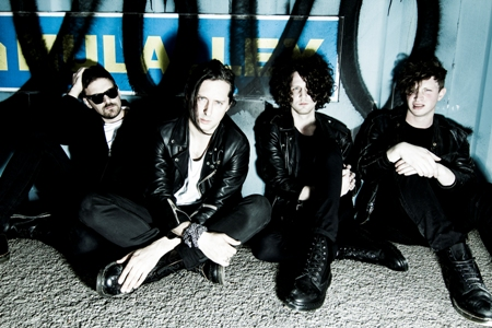 1 Carl Barat & The Jackals (Roger Sargent) website